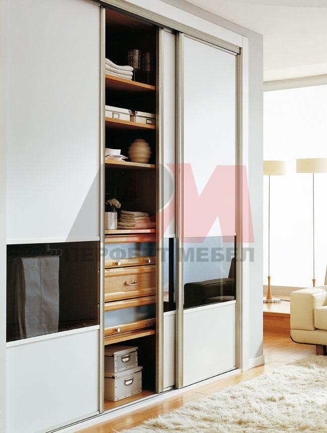 живописни бели гардероби гланц