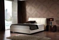 Тапицирано легло в бяла кожа