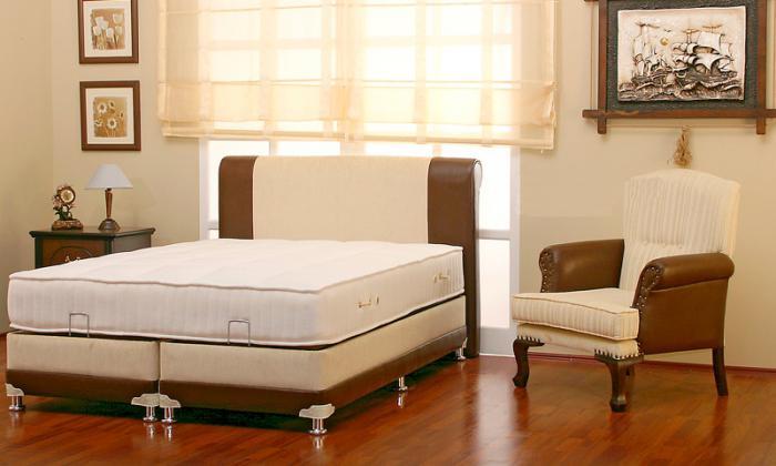 Френско легло тапицирано с размер 180х200