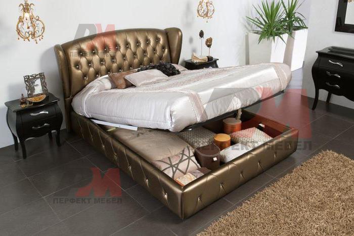 Спалня с механизъм, с тапицирана табла